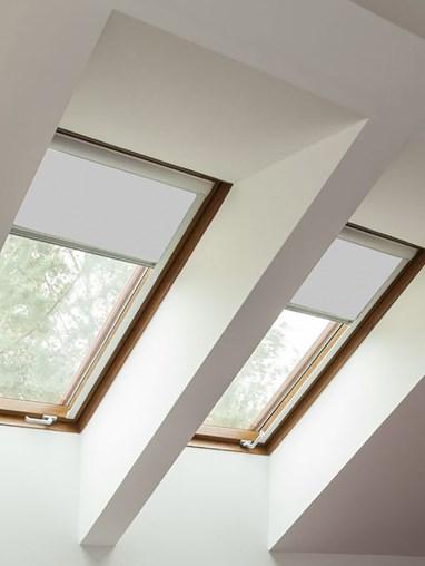 Classic Alaskan Husky Blackout Skylight Blind To Fit RoofLite Windows