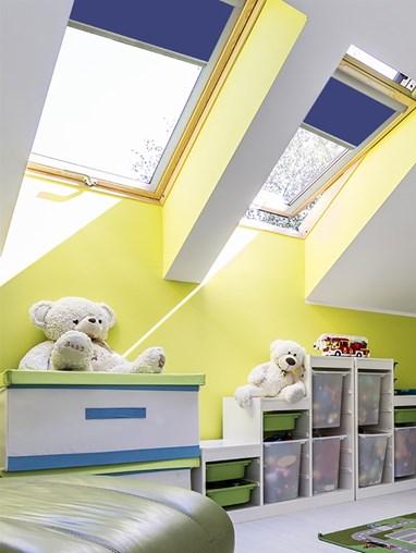 Classic Stoneybrook Blackout Skylight Blind To Fit Dakstra Windows