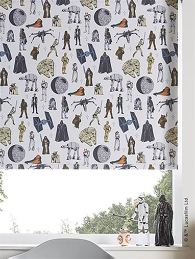 Star Wars© Characters Blackout Roller Blind